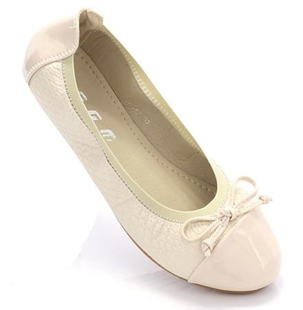 Beige ballerinas with a Juhessda bow - Footwear