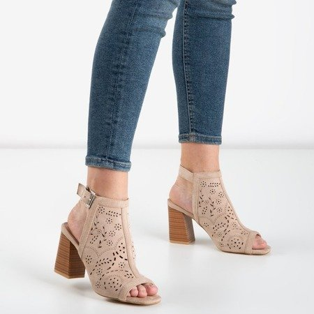 Beige sandals on a higher post Meamoss - Footwear 1