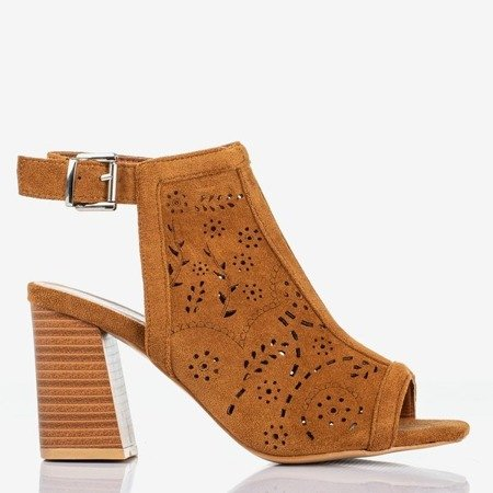 Brown openwork women's sandals on a higher Meamoss post - Footwear 1