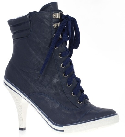 Dark navy blue women's sneakers on a Szpiue pin - Footwear