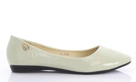 OUTLET Beige, lacquered Meganno ballerinas - Footwear