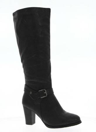 OUTLET Black boots with a decorative buckle on the post - Shoes