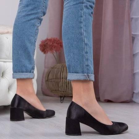 OUTLET Black satin pumps on a low post Samira - Footwear