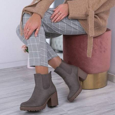 OUTLET Brown and gray boots on a high post Sariyah - Shoes