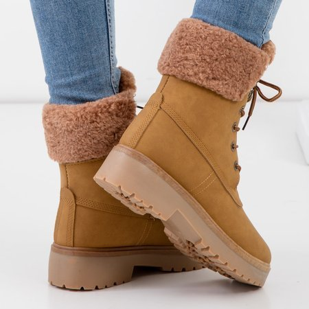 Women's camel-colored insulated boots - Shoes