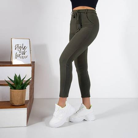 Women's green fabric trousers with a tied belt - Trousers
